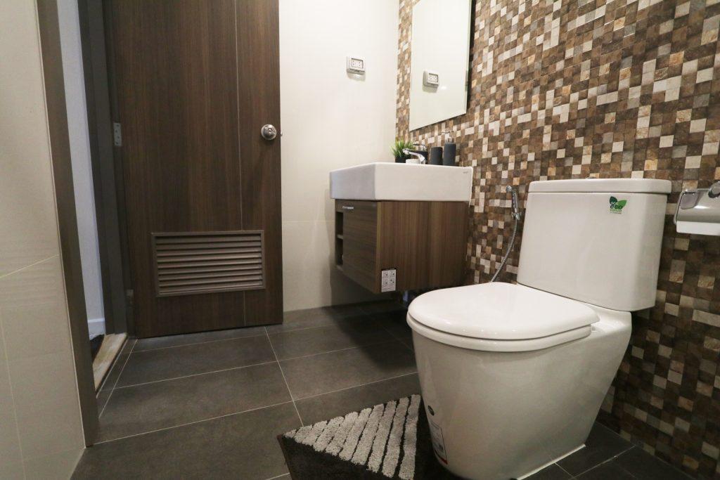 คอนโดภายในห้องน้ำ